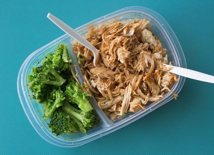 healthy chicken and broccoli packed lunch