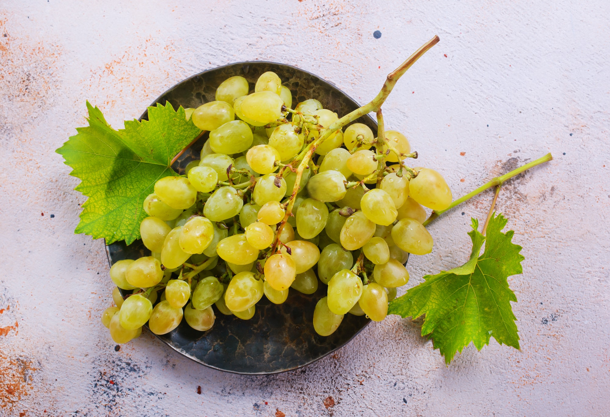 diabetes myths - are grapes really bad for us?